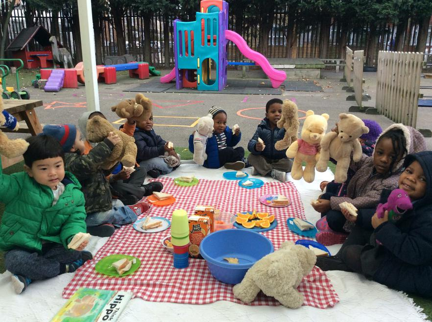 We brought our teddies to the picnic!