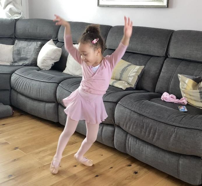 Fantastic ballet moves Charis!