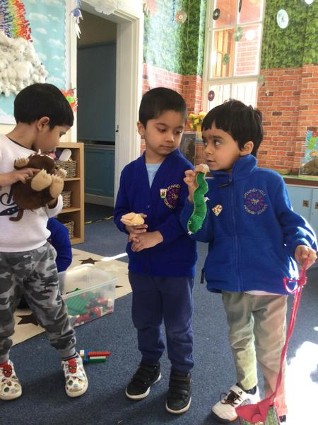 Anmol, Ali and Pritam retell the Gruffalo story together.