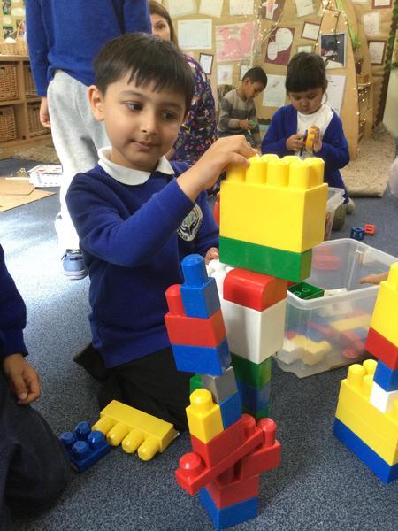 Abdul-Ahad builds a mosque