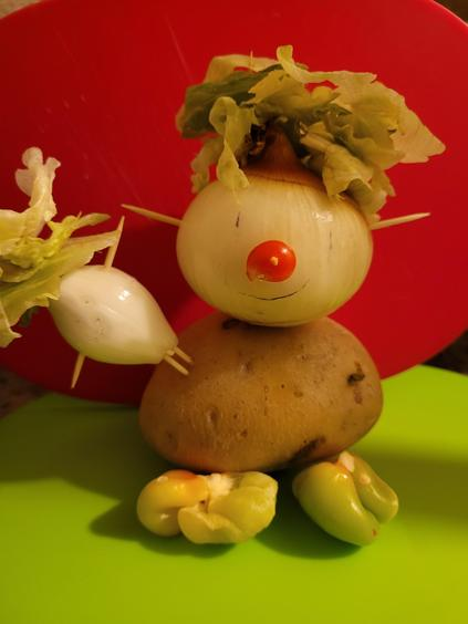 Vegetable Man by Lena 5KS