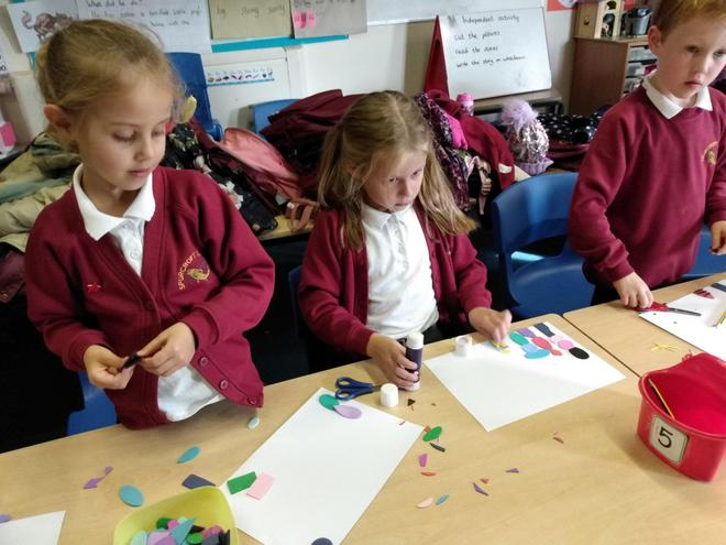 KS1 Craft Club