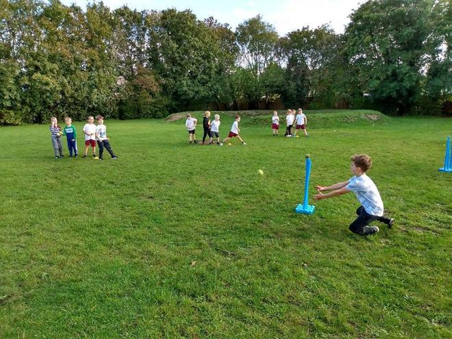 KS1 Cricket Club