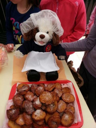 Paddy Bear having made torrijas...
