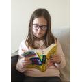 Radiant reader, Ewelina.