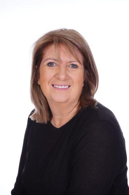 Mrs E Nichols (Teaching Assistant)
