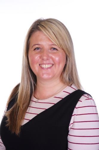 Mrs J Davies (LKS2 Phase Leader)