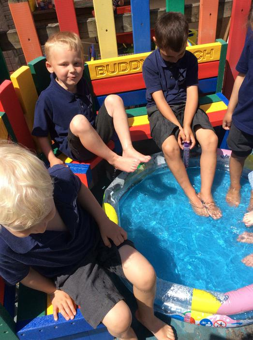 We cooled ourselves down by splashing our feet.