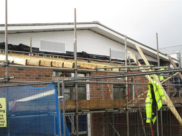 28th January 2014 - the roof is going on!