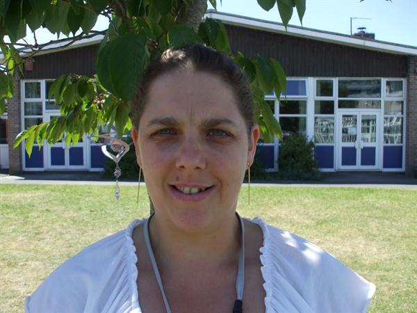 Mrs R Eggar - Teaching Assistant