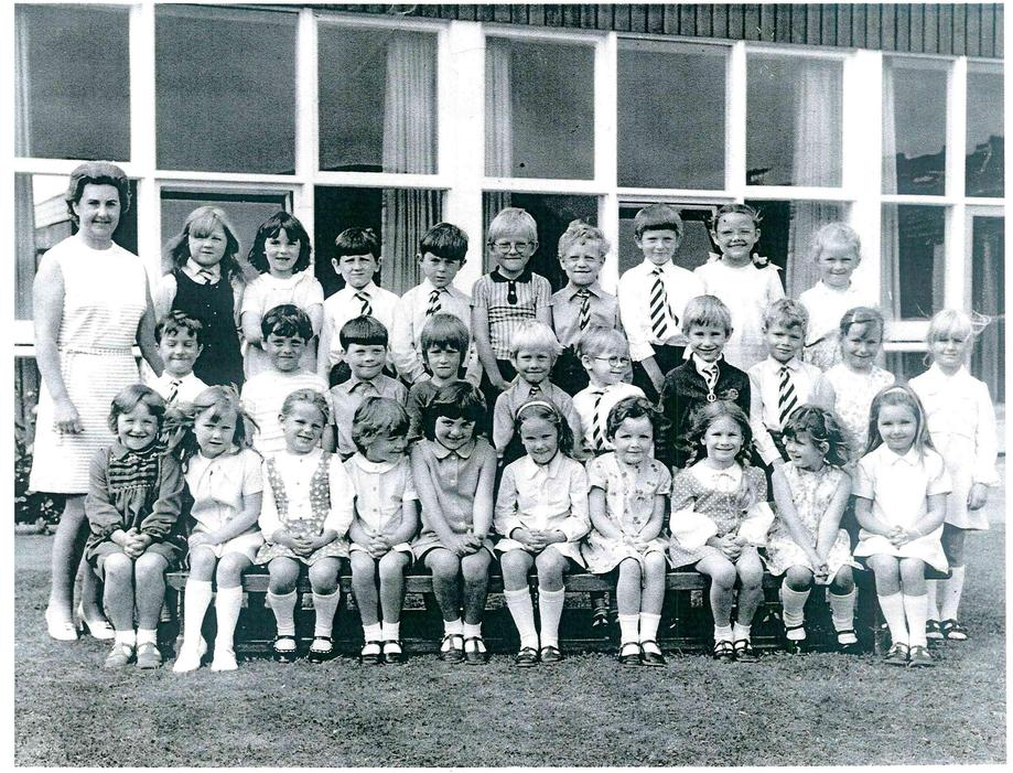 1970s (Miss Lewis' class)