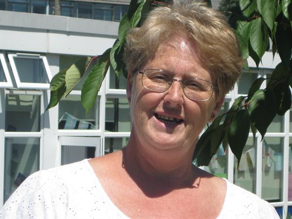 Mrs D Brown - KS1 Teaching Assistant / MTA