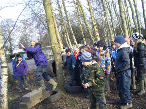 Demonstrating the assault course 1