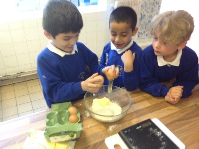 Weighing scales to measure mass.