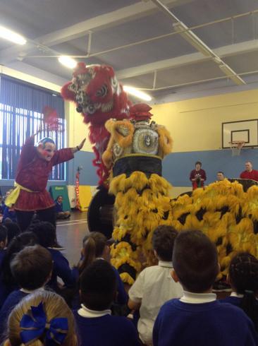 The fantastic dragon and the lion dances!