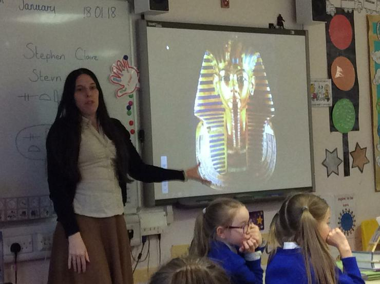 Learning about Tutankhamun