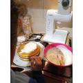 Chloe baking