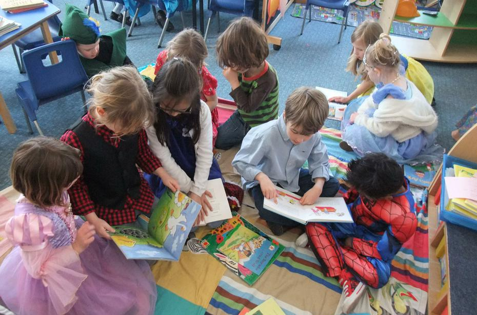 Reading with Millais class