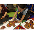 Gingerbread man counting and decorating