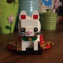 Neve made a Lucky Cat out of LEGO! Well done!