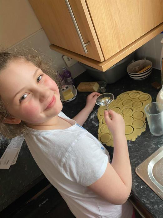 Nadia baking - looks yummy!
