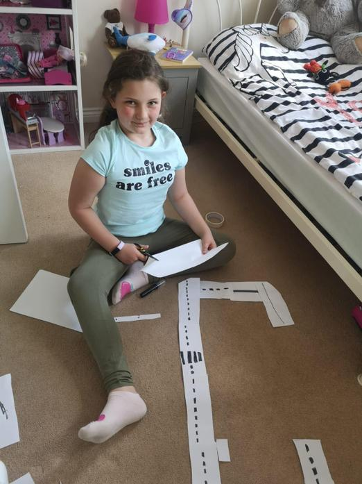 Naida creating her road for topic