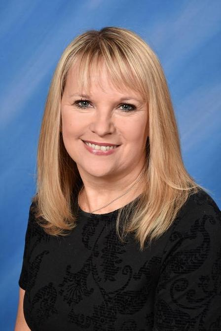 Mrs Thomas - Senior Administrator