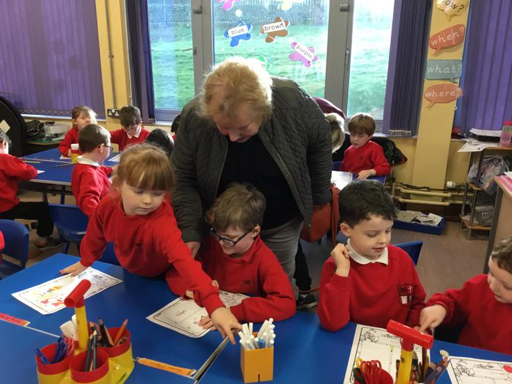 Oliver's Granny loved visiting his classroom!