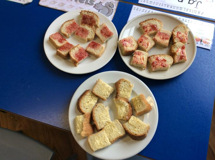 Bread with jam and without!