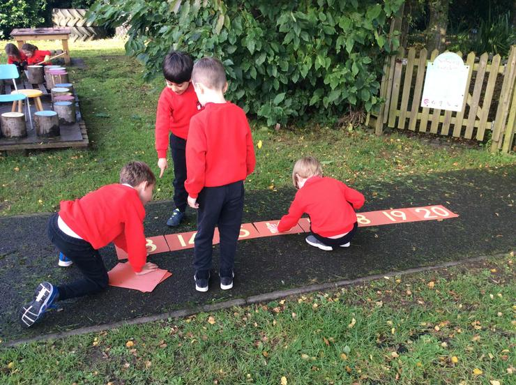 Sequencing numbers outdoors is so much fun