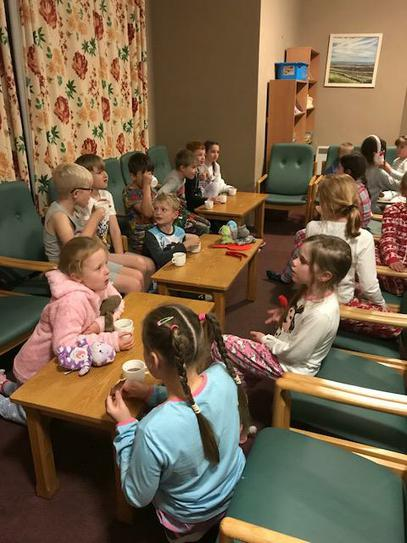 Holt Hall 2017  Hot chocolate before bed