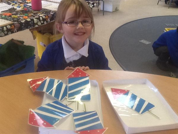 Bonfire Night inspired Maths - ways to make 5.