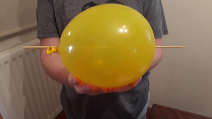 Can you make a balloon kebab?