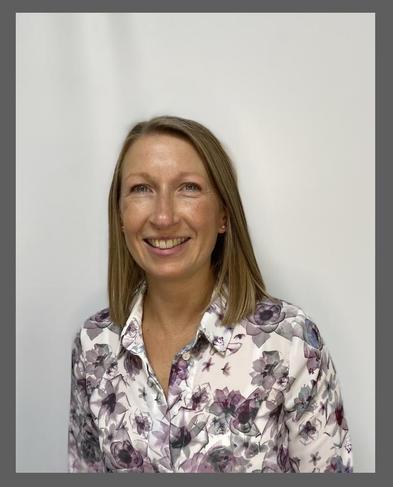 Mrs Julie McDowell