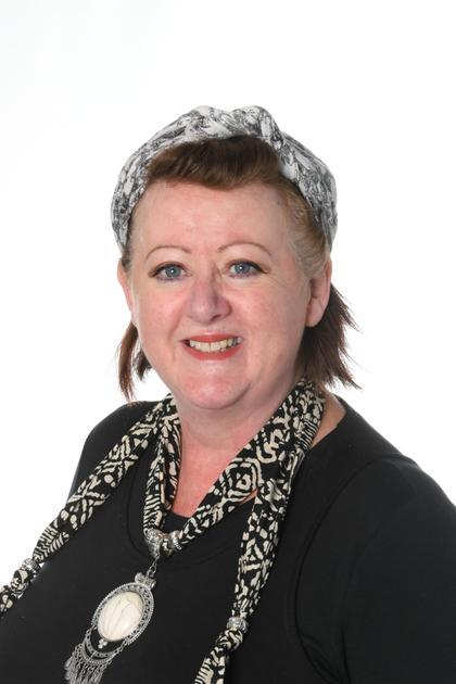 Mrs D Phelan - Midday Supervisor /ASC Play Leader