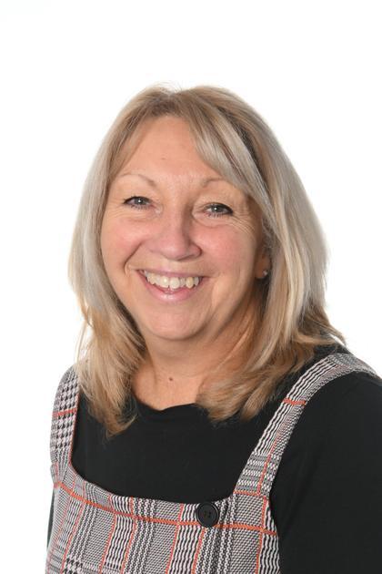 Mrs V Kew - Teaching Assistant /Midday Supervisor
