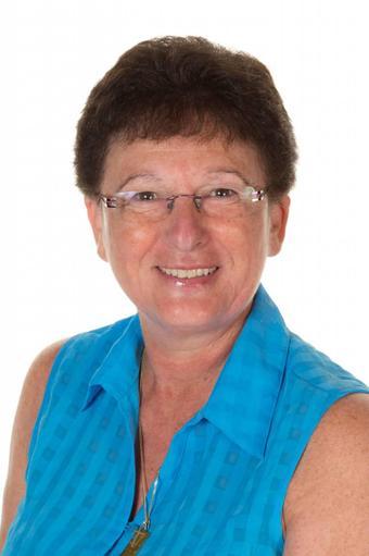 Mrs A Pezzolo