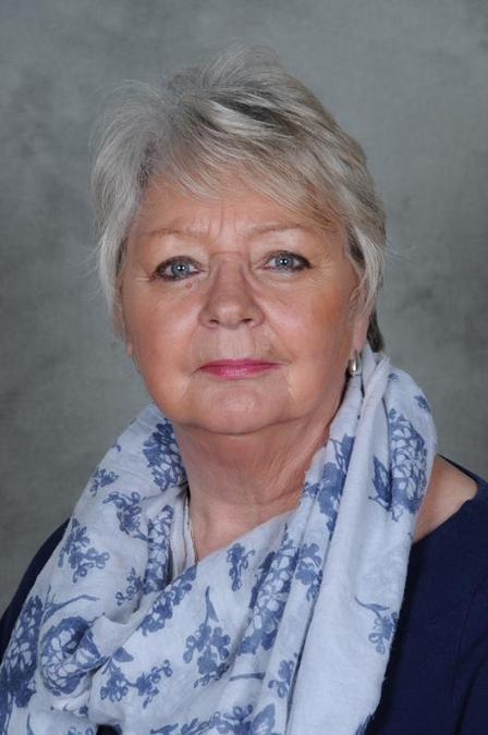 Mrs A Whitehurst: Lunchtime Supervisor