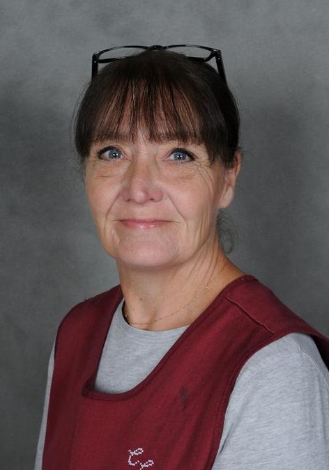 Mrs C Cross: Lunchtime Supervisor