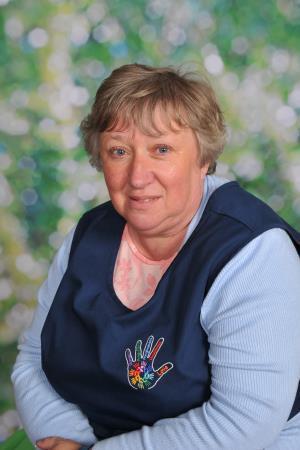 Mrs D Short  Lunchtime Supervisor