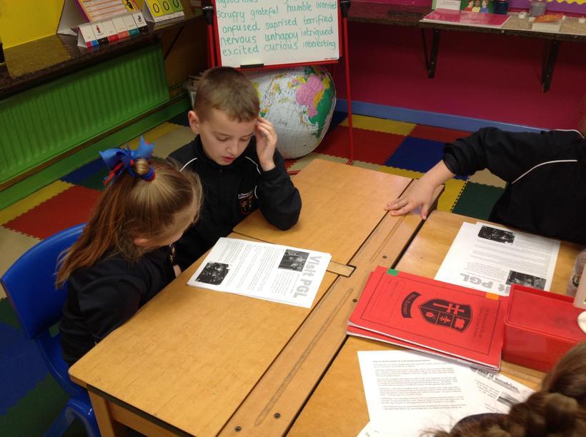 Analysing examples of persuasive writing