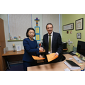 Mr Reidel and Miss Hu agree the partnership