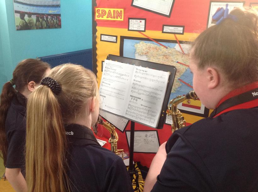 Independently practising a piece