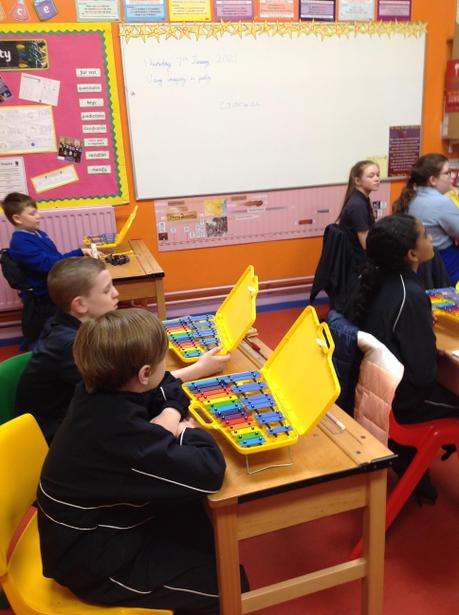 Learning about playing the glockenspiel