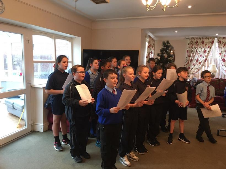 More festive carols at Walton Manor care home