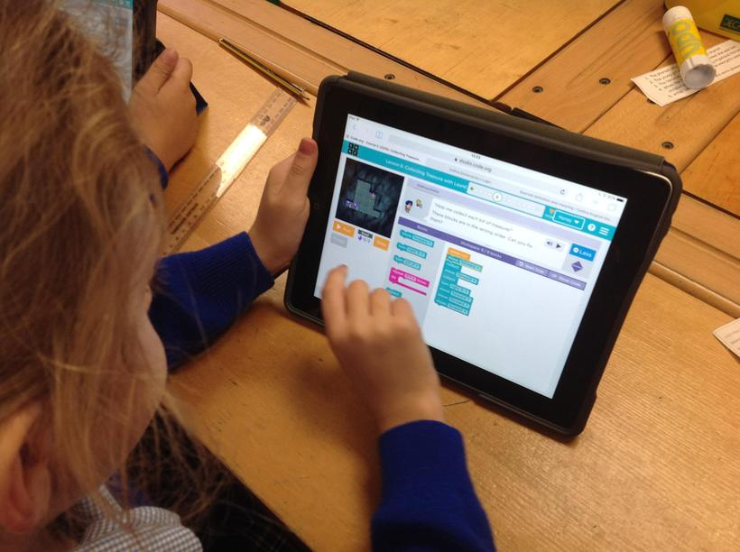 Using maths to code in computing!