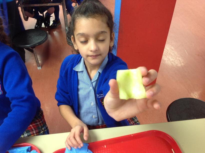 Deseeding a cucumber