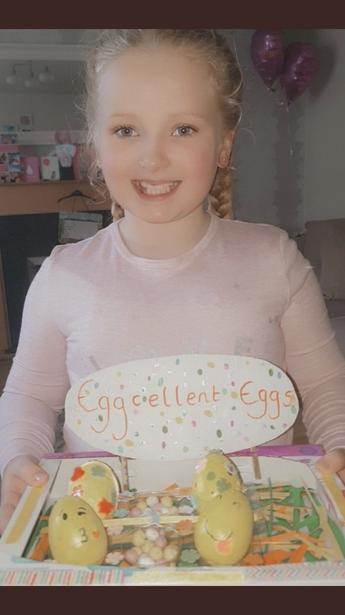 Emoji-Eggs - Millie, C2