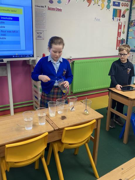 Investigating the solubility of different materials