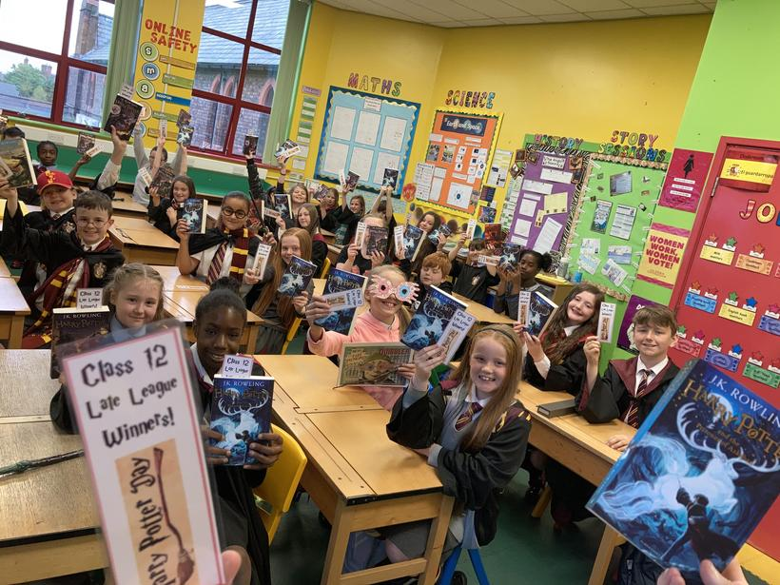 Class 12 receiving their 'Harry Potter' books